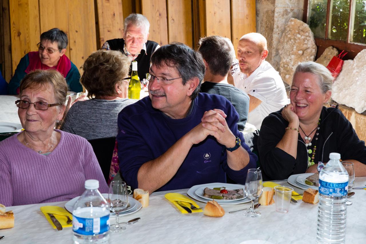 Les Amis de Châteauneuf - Repas des Bénévoles 2015_21