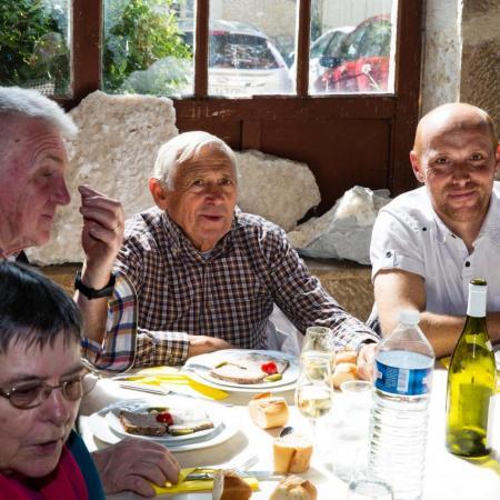 Les Amis de Châteauneuf - Repas des Bénévoles 2015_23