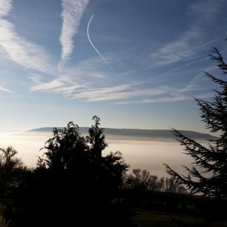 26 décembre au matin, Châteauneuf est au dessus de la brume...