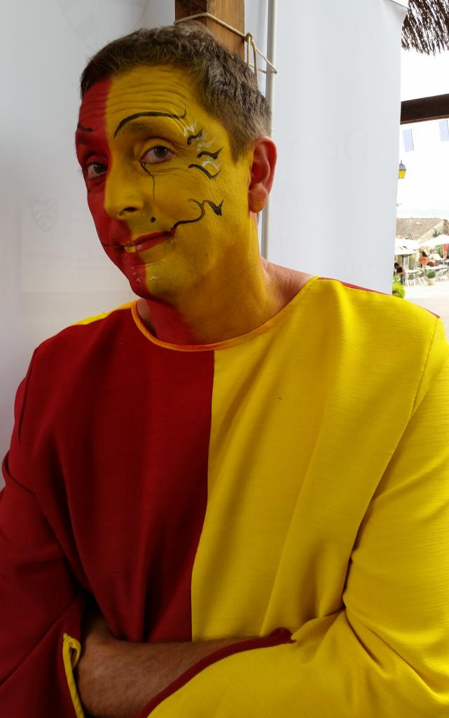 En rouge et jaune...