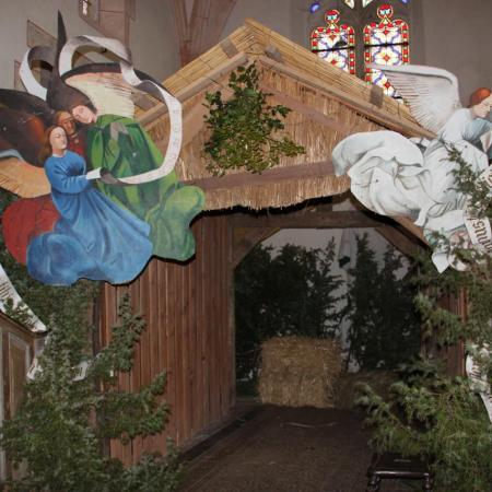 23 décembre, le décor de la crèche est planté