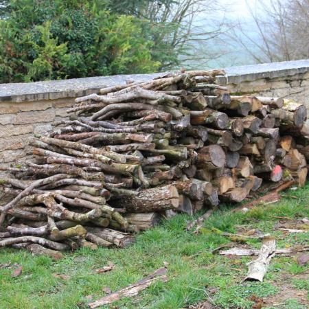 23 décembre, deux stères de bois pour un grand feu
