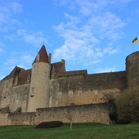 La façade sud du château, sous ce magnifique ciel bleu du 23 décembre