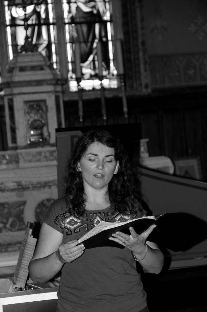 Blandine Coffigny au chant